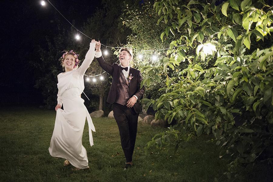 Dąbrówka kościelny wesele sesja nocna z lampkami